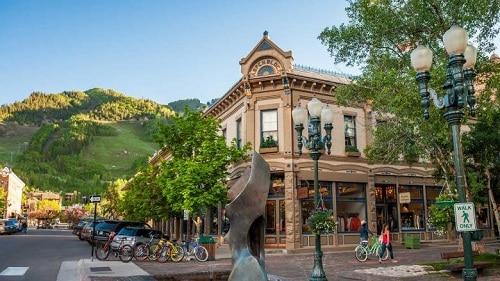 Aspen, Découvre la ville d'Aspen pendant ton stage aux USA