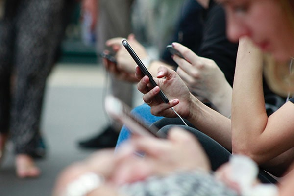 Quel forfait mobile choisir pour son stage aux Etats-Unis ?
